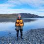 Обжиров А.И. в заливе Благополучия Новой Земли. Отбирались пробы воды и обломков аллювия, представленных кварцевыми жилами, сланцами, вулканическими и другими породами