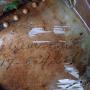 Обнаруженный рукописный номер на фрагменте фюзеляжа А-20 Boston. Фото: Центр современной истории/Сергей Катков